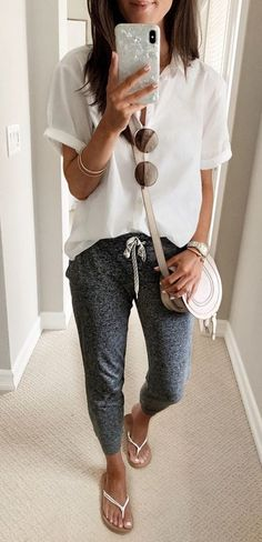 Mom Outfits, College Outfits, Summer Outfits, Casual Outfits, Cute Outfits, Fashion Outfits, Womens Fashion, Gray Outfits, Grunge Outfits
