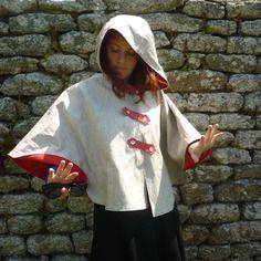Cape à capuche lin enduit écru et rouge