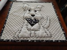 I love this..maybe this for my cat mini-quilt.