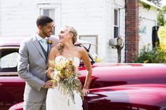 Vintage '46 Oldsmobile transported the bride and became gorgeous backdrop for photos