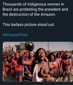 Breastfeeding while protesting, Yas queen! You fuckin slay! Change The World, In This World, Faith In Humanity Restored, Equal Rights, Social Issues, Social Justice, Human Rights, Good People, Equality