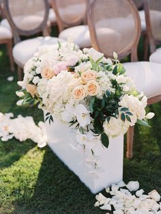 Photography : Carmen Santorelli   Wedding Dress : Inbal Dror   Floral Design : Nisies Enchanted Florist   Event Design : Casa Siena Design   Event Planning : Bridal & Event Lounge   Venue : Greystone Mansion Read More on SMP: http://www.stylemepretty.com/california-weddings/beverly-hills/2016/03/18/elegant-mansion-wedding-in-beverly-hills/