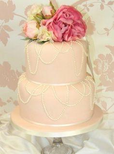 Vintage-look wedding cakes   Plan Your Perfect Wedding   The UK's best monthly wedding magazine