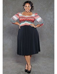 Perfect for any time of year, the Savannah plus size dress features a solid bottom and chevron zig-zag print on top. Ruched 3/4 sleeves, sweetheart neckline and two amazing colors to choose from. sonsi.com
