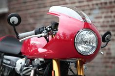 Triumph Thruxton R Cafe Racer - Photo by Triumph Hamburg #motorcycles #caferacer…