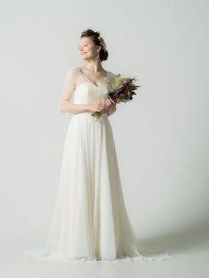 Emma / soft Aline (エマ / ソフトAライン) | COLLECTION | Verde(ヴェルデ)|レンタルウェディングドレス・オートクチュールドレス