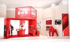 ジョルジオ アルマーニ ビューティが、日本初となるポップアップストア「アルマーニボックス(ARMANI BOX)」を表参道ヒルズ西館1階の表参道Rスタジオにオープンする。会期は9月2日から24日まで。 Exhibition Stand Design, Exhibition Display, Exhibition Space, Display Design, Booth Design, Store Design, Clothing Store Interior, Cozy Cafe, Corporate Interiors