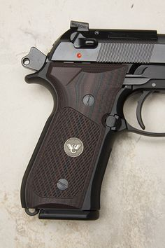 Wilson Combat Grips, Tactical Slants Pattern with WC Logo, Black Cherry 1911 Pistol, Revolver, Weapons Guns, Guns And Ammo, Rifles, Wc Logo, Beretta 92, Wilson Combat, Springfield Armory
