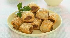 sausage rolls - i used 2 carrots extra breadcrumbs and sauces Aussie Food, Australian Food, Beef Recipes, Cooking Recipes, Yummy Recipes, Recipies, Dinner Recipes, Curtis Stone Recipes, Homemade Sausage Rolls
