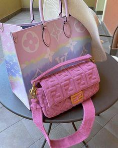 Dior Handbags, Louis Vuitton Handbags, Purses And Handbags, Pink Louis Vuitton Bag, Luxury Purses, Luxury Bags, New Balenciaga, Sacs Design, Accesorios Casual