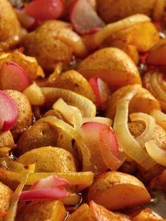 Paprikové brambory Haliny Pawlowské - Babinet.cz Potato Recipes, Ham, Gnocchi, Food And Drink, Potatoes, Vegetables, Cooking, Diet, Red Peppers