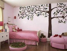 Pintar un mural en la pared es una forma original de dar a una habitación un toque especial