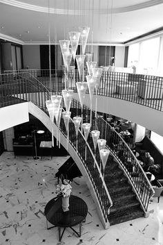 L'hôtel majestueux du Warwick Genève @warwickinternationalhotels #luxuryhotels