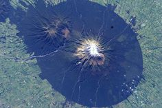 The almost perfect circle that is Mt. Taranaki NZ http://ift.tt/2t2ReFE