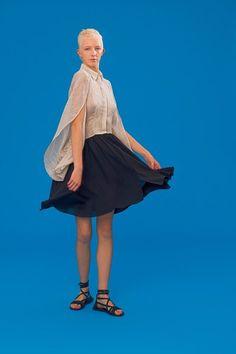 Antonio Berardi Resort 2020 Fashion Show Cruise Fashion, Fashion 2020, Fashion Show, Fashion Trends, Vogue Paris, Antonio Berardi, Catherine Baba, Club Kids, Vogue Russia