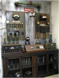 AMAZING Frankenstein Laboratory Props - lots of great detail shots at the link.
