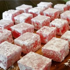 Thermotwinning: Turkish Delight For Jay Turkish Delight, Thermomix Desserts, Dessert Recipes, Bellini Recipe, Turkish Recipes, Indian Recipes, Christmas Cooking, Different Recipes, Deserts