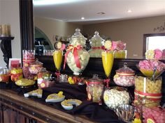 Yellow & Guava Candy buffet : Wine Country, Temecula