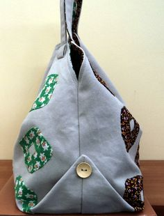 Shoulder bag from jeans with square bottom with buttoned up tips - Picture only