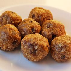 This easy breakfast of Homemade Energy Balls is sure to please! Filling, packed with protein, and you can eat it on the go!