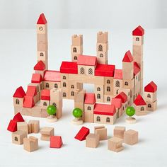 Love this Gothic City block set from @The Land of Nod. $69 #buildingtoys