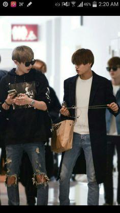 Chanyeol + his phone