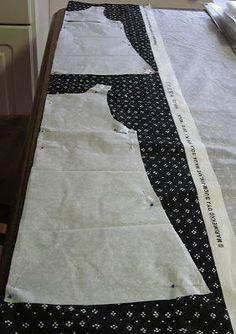 Kuvahaun tulos haulle neulemekko ilmainen kaava pdf Sewing Lessons, Sewing Hacks, Sewing Tutorials, Clothing Patterns, Dress Patterns, Sewing Patterns, Sewing Clothes, Diy Clothes, Clothes For Women