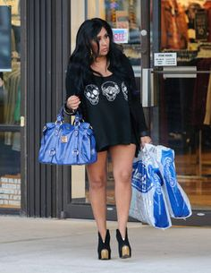 Snooki Looks Skinny on September 17, 2012