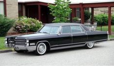 Learn more about 1966 Cadillac Fleetwood Brougham on Bring a Trailer, the home of the best vintage and classic cars online. Fleetwood Town, Cadillac Fleetwood, Vintage Cars, Antique Cars, Old American Cars, 1960s Cars, Cadillac Eldorado, Cadillac Ct6, Gm Car