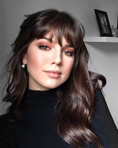 Scrumptious Vibrant Hues For Chocolate Brown Hair – hair bangs long Hair Day, New Hair, Trending Hairstyles, Brown Hair Colors, Hair Colour, Hairstyles With Bangs, Fall Hairstyles, Braid Hairstyles, Hair Looks