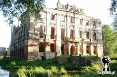 Ruins of the Palace in Krzydlowicach, Lower Silesia, Poland.