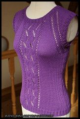 Free sleeveless top pattern on Ravelry