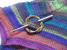 how to make  a shawl brooch in willow branches   willow brooch