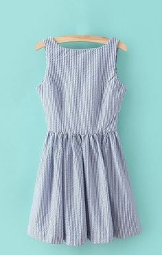 Vertical Stripes Printing V-back Sleeveless Dress