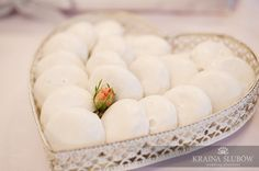 Candy buffet / white cookies
