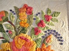 Beautiful floral quilt! www.kathydrew.wor...  quilt by Margo Clabo  quilted by Kathy Drew