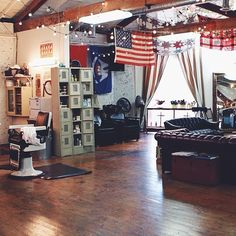 Parlour & Juke, a Southern grooming institution.
