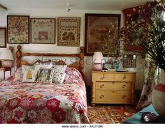 Framed antique samplers behind bed with patchwork quilt in country bedroom with pine chest of drawers - Stock Image Cottage Style, Home Decor Bedroom, Home Bedroom, English Cottage Bedrooms, Country Decor, Country Style Bedroom, Home Decor, Cottage Interiors, Country House Decor