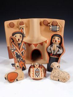 Jemez Pueblo Pottery Nativity Scene by Linda Fragua Nativity Creche, Christmas Nativity, Christmas Projects, Kids Christmas, Nativity Sets, Christmas Ornaments, Native American Actors, Native American Pottery, Pueblo Pottery