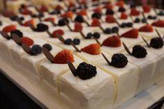 Individual Chantilly Cakes