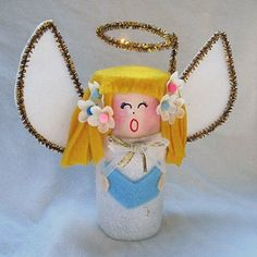 DIY CRAFT **Toilet paper rolls** Come all ye faithfull , and hear the Christmas toilet roll angel sing.