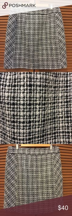 White House Black Market tweed pencil skirt 12 Skirt is lined. Side zipper. Colors are black white and light gray. Laying flat the waist is 16 inches and the length is 20 inches. Bundle two or more items from my closet and save! White House Black Market Skirts Pencil