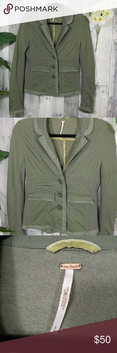 Free people blazer/jacket Great condition  80% cotton 20% polyester lining 100% cotton Free People Jackets & Coats Blazers