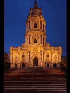 DUOMO DI SAN GIORGIO A MODICA San Giorgio, Amazing Architecture, Notre Dame, Worship, Marvel, Houses, Spaces, Fotografia, Homes