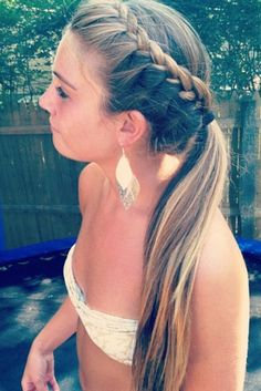 love this hairstyle! super cute french lace side braid into mid ponytail! Madison