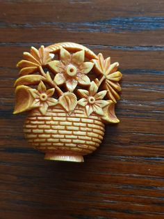 Brooch celluloid basket, 50's Brooches, Berries, Basket, Plastic, Fruit, Flowers, Vintage, Collection, Brooch
