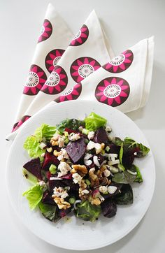 Beet Goat Cheese Walnut Salad: Lettuce, beets, red onion, goat cheese and toasted walnuts topped with a red wine vinaigrette. Shown with Passion Flower Napkins in Berry and Chocolate on Cream @Wabisabi Green #beetsalad
