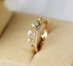 Crown ring, cute ring, women's ring, gold ring, silver ring, ring for girls #Jewelry #buyable