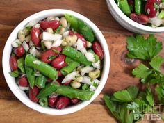 3 Bean Salad - Budget Bytes ½ lb. frozen cut green beans $0.75* ½ lb. frozen purple hull or field peas $0.84* 1 (15 oz. can) kidney beans $1.09 ½ small Vidalia onion $0.42 ¼ bunch fresh parsley $0.20 3 Tbsp olive oil $0.48 1½ Tbsp red wine vinegar $0.06 ¼ tsp garlic powder $0.02 ¾ tsp salt $0.05 freshly cracked pepper $0.05