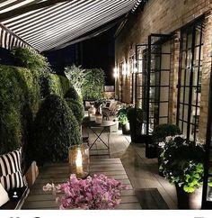 Enjoy our suggestions of Terrace Garden Ideas below. Terrace garden design ideas and tips, simple terrace garden ideas and terrace garden design. Outdoor Rooms, Outdoor Gardens, Outdoor Living, Outdoor Decor, Rooftop Terrace, Terrace Garden, Balcony Deck, Design Jardin, Terrace Design
